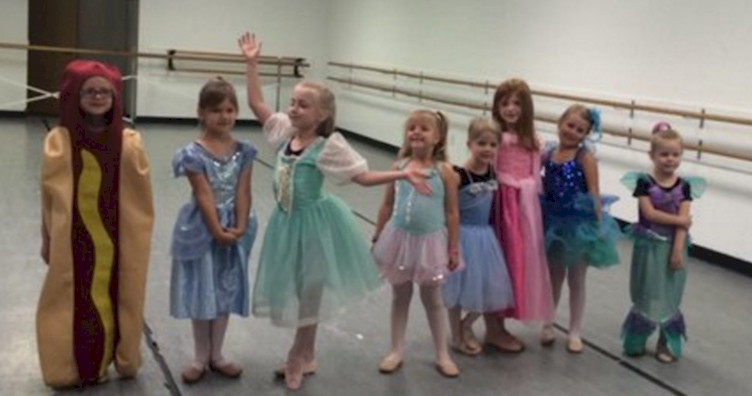This Awesome Girl Dressed As A Hot Dog For Princess Day At Dance Class